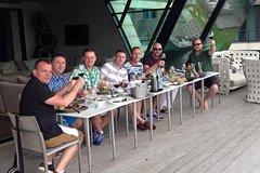 Imagen Excursión para grupos pequeños: Experiencia con vinos gourmet y almuerzo de 3 platos desde Punta del Este