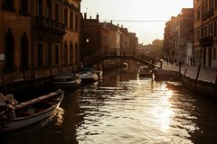 Venice Away from the Crowds Private Evening Tour with a Local