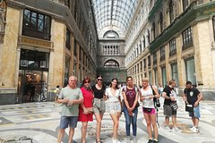 Naples Walking and Sightseeing Tour with Local Guide