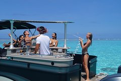 Private Party & Snorkeling with Lunch on a Bar Boat in Bora Bora's lagoon
