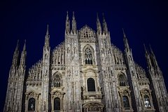 MILAN PRIVATE WALKING TOUR BY NIGHT: AMAZING MILAN - 2 h