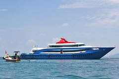 Phi Phi Island Tour by Big Boat by Royal Jet Cruiser (First Class)