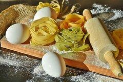 Fresh Pasta Course + Dinner in Typical Italian Restaurant