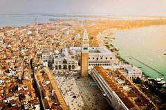 4-Hour Venice Walking tour with Skip the line Doges Palace & St Marks B