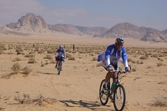 Cycling south : Follow Nabateans and Lawrence of Arabia footsteps