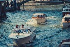 Water Taxi Venice: Santa Croce, Cannaregio, San Marco, Castello [up to 3 pe