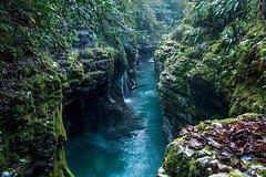 Martvili  Okatse  Caves