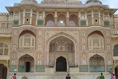 2 nights 3 days trip to Agra and Jaipur