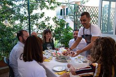 Private Dining: Traditional Roman 4-Course Dinner with a Local