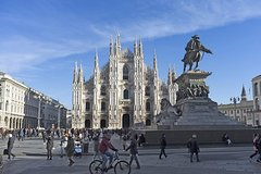Milan: Duomo, Sforza Castle Tour 3-hour Private Guide Tour