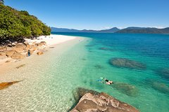 Fitzroy Island Catamaran Transfers from Cairns