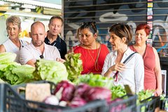 Small Group Market tour and Cooking class in Tivoli