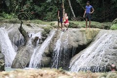 Blue Hole and Secret Falls with Lunch from Ocho Rios