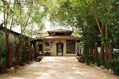 AKIRA Landmine Museum Banteay Srei and Banteay Samre full day with guide transport