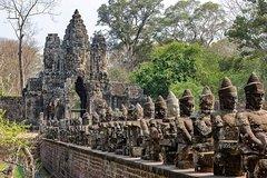 Angkor Wat and Kompong Phluk 3 Days