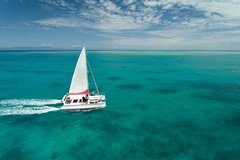 Full-Day Great Barrier Reef Sailing Trip