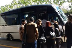 Group and private transfers in Buenos Aires