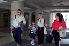 In-person Local Arrival Assistant from Cruise Terminal to Venice Italy Cent