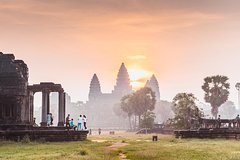 Angkor Wat tour and Khmer food experience