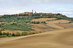 Tuscany Pienza and Montepulciano from Rome Private Day Tour