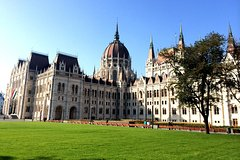 Budapest Hungarian Parliament Tour with Hotel Pickup