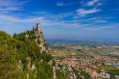 Day Trip from Bologna to San Marino