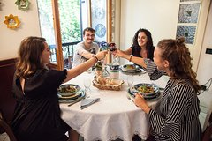 Lunch or dinner with an Italian family with cooking demo and wines - Amalfi