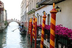 Venice in a Day Tour with St Marks, Doges Palace and Gondolas