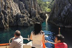 Half Day Private Positano Boat Tour From Sorrento
