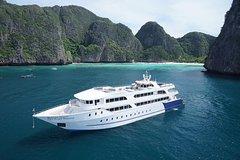 Phi Phi Island by Luxury Ferry Yacht