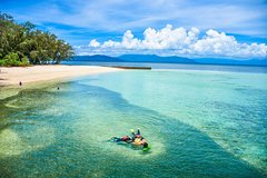 Green Island Day Trip from Cairns with City Transfers