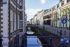 Castles, Canals and Good Folk: Explore the old city on an audio walking tour