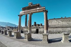 Pompeii scavi Private All inclusive - Entrance fees, guide and wine tour