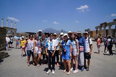 From Sorrento: Skip-the-line Pompeii and Mount Vesuvius Guided Tour
