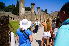From Sorrento: Skip-the-line Pompeii Guided Tour