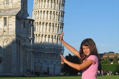 Private Family Tour of Leaning Tower of Pisa with Art Project