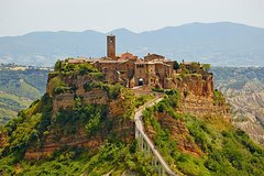 The best of Tuscany and Umbria in a 3 days fully escorted tour from Florenc