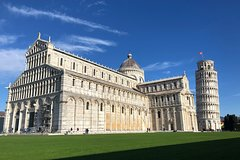 Full-Day Private Tour to Pisa and Lucca with Chocolate Tasting