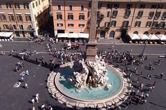 The baroque heart of Rome small group walking tour
