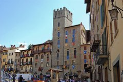 Full-Day Private Tour to Cortona and Arezzo from Florence
