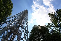 "Parco Sempione and its ""Milanese Tour Eiffel"" with a panoramic aperitif"