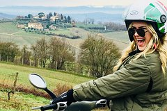 Private Tuscany Vespa moped tour and wine experience with FunInTuscany