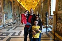 Kids Friendly Skip the Line Vatican Sistine Chapel Tour & st. Peters To