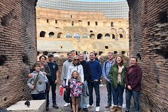 Skip-the-line Kids Private Tour: The Colosseum and Roman Forums for Familie