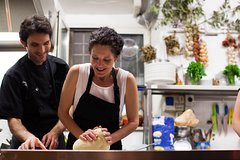 Eat like the Romans do: a private cooking class in Trastevere