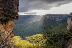 Family Friendly Blue Mountain Tour with Jenolan Caves & Cruise (Max 11 Pax)