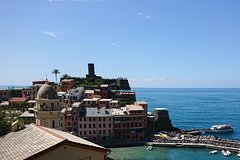 Pisa & Cinque Terre: Private day tour by train from Florence