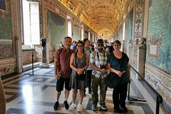 Skip-the-Line Exclusive Vatican Sistine Chapel and St.Peters Dome Tour