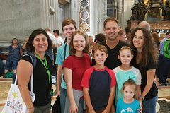 Family Friendly Small Group Tour! Vatican Museums, Sistine Chapel & St