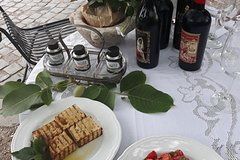 Private Tour Wine/Olive oil tasting with light lunch (Vegetarian and vegan